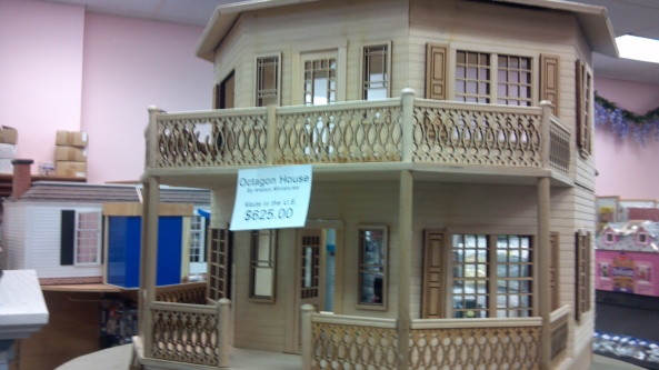 GReater Cleveland Miniature Show 2013 Dollhouse